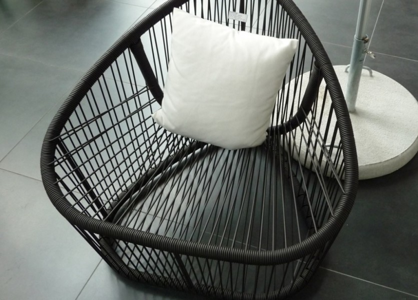 Club Outdoor armchair by Prospero Rasulo for Zanotta P1050234 1024x927